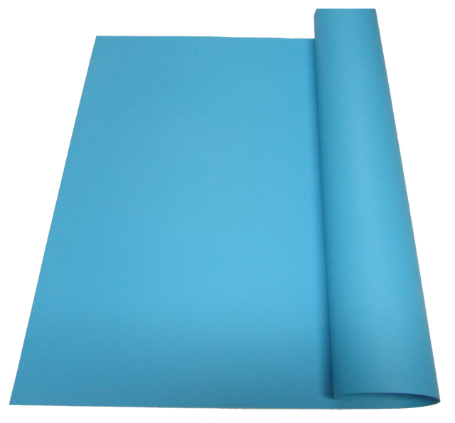Valiant Board  Vellum 180gsm Light Blue 22 x 28